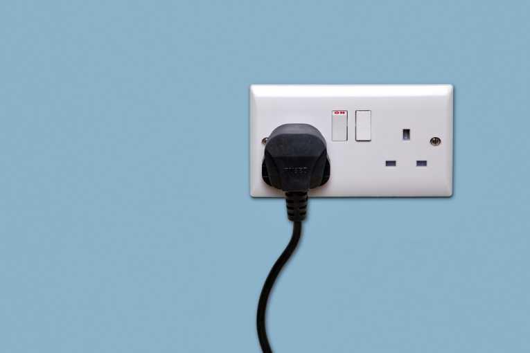 tomada-engenharia-elétrica-blog-da-engenharia