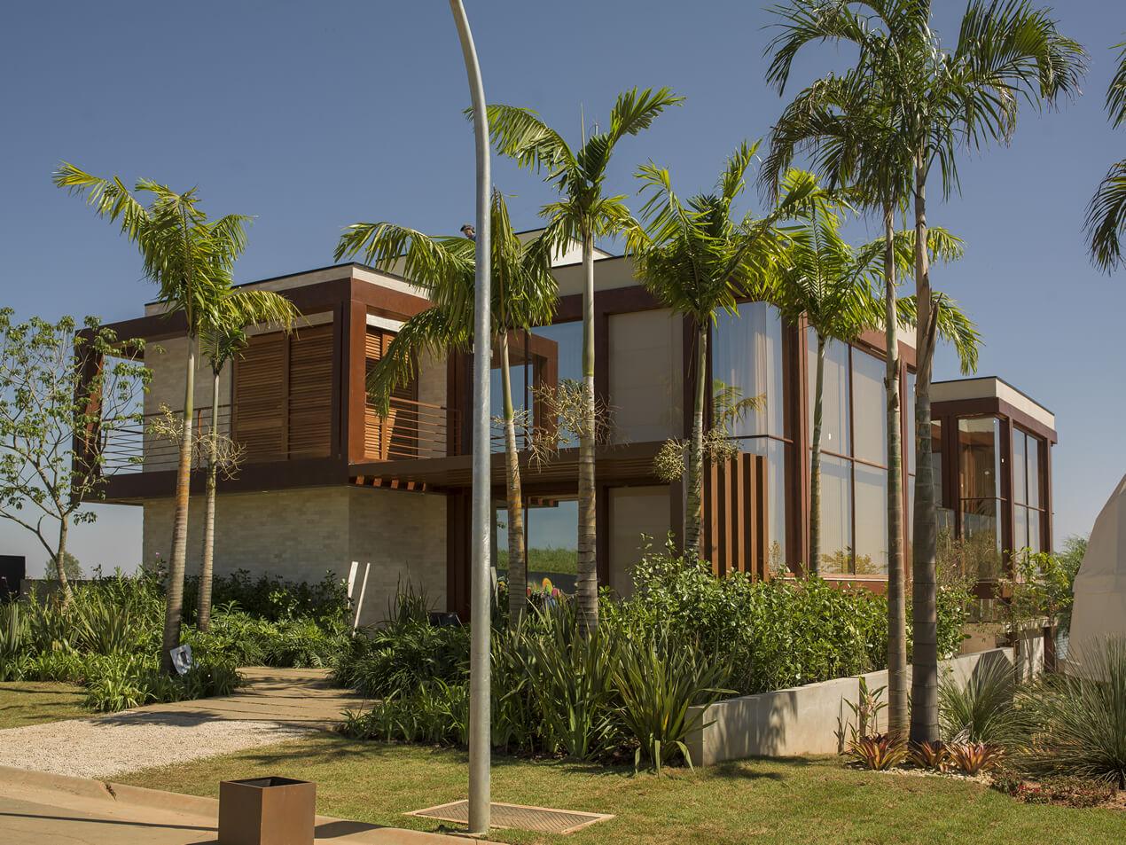 Vidro Refletivo Havitat Campanhe na Casa Bossa Nova, projetada pela arquitetaIzilda Moraes na Casa Cor Campinas 2016