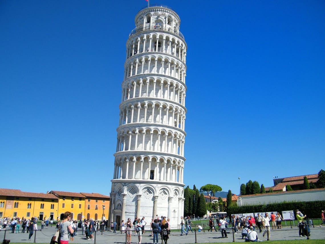 mistério da inclinação da Torre de Pisa