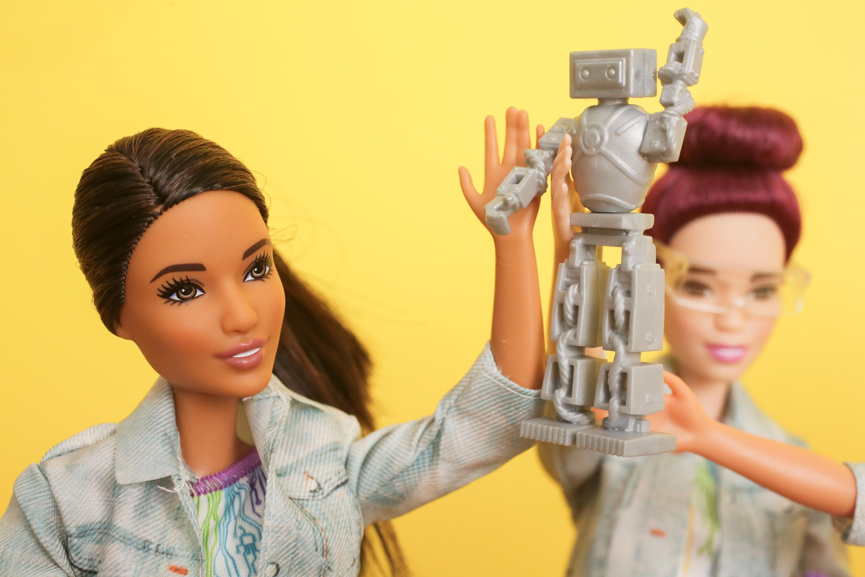 Barbie engenheira robótica