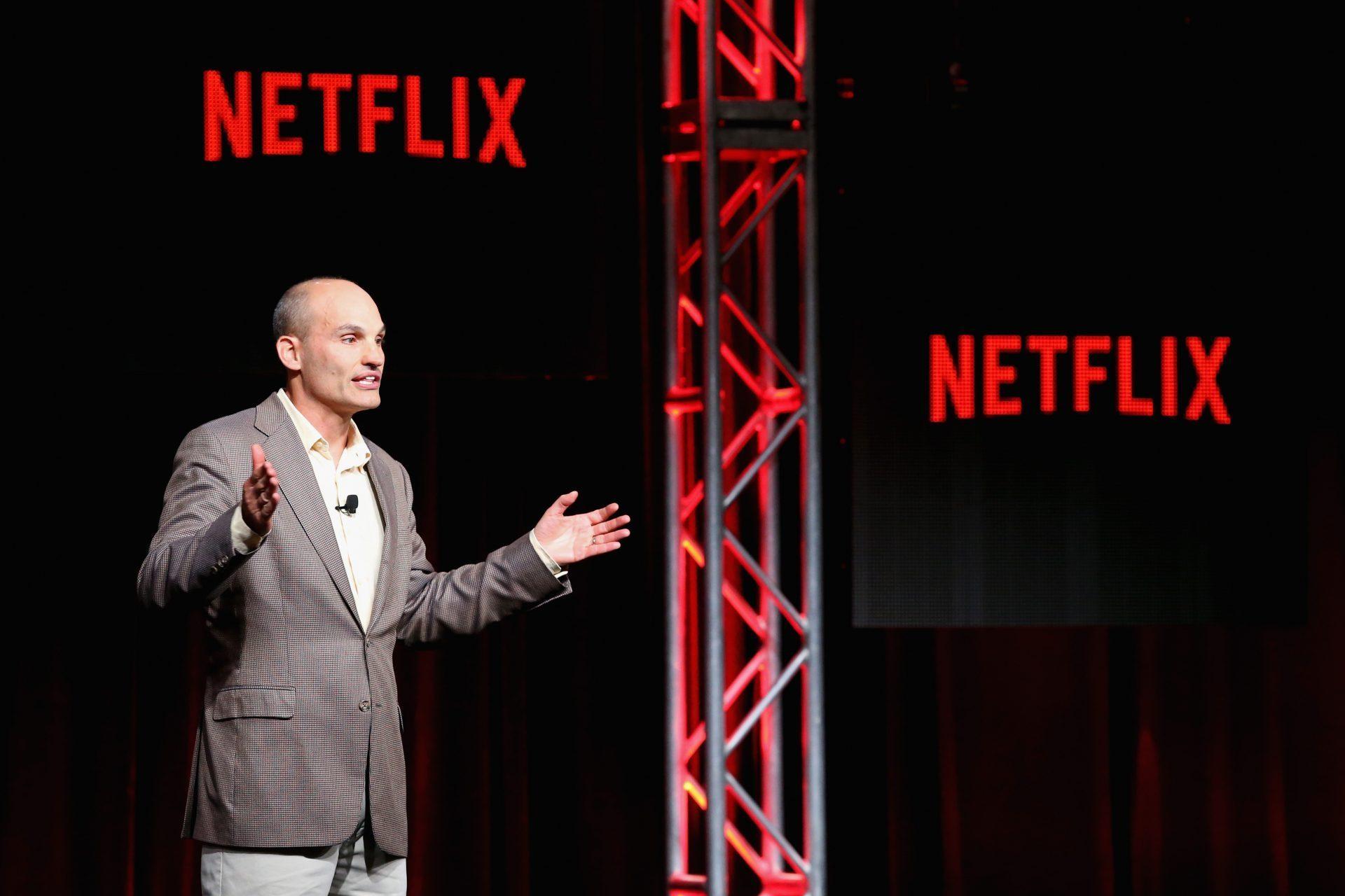 Como um case do Netflix explica o desafio do equilíbrio entre a voz do negócio e a voz do cliente