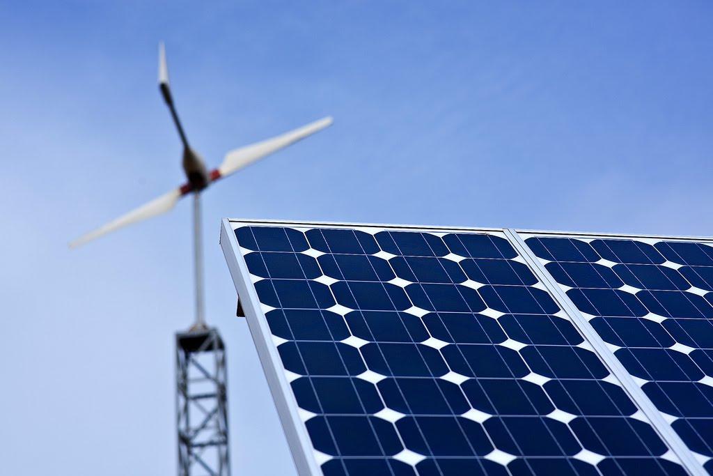 Brasil ganhará complexo eólico e solar com centro de visitação