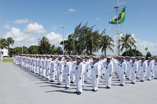 Marinha do Brasil vai contratar arquiteto e engenheiros civis para posto de Primeiro-Tenente