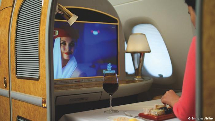 Como é o maior avião de passageiros do mundo por dentro