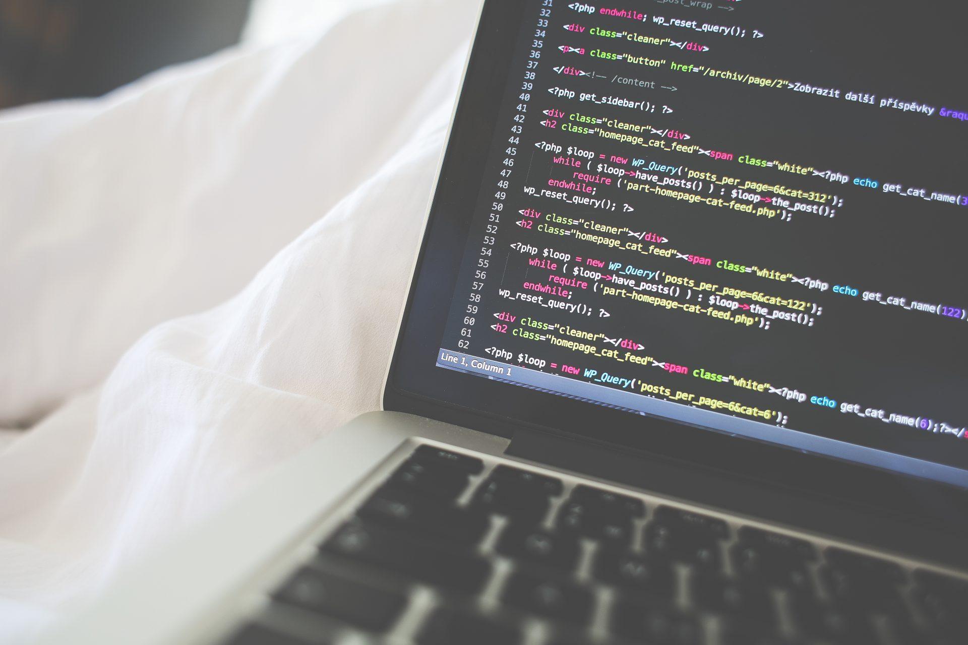 Da Teoria Hacker à Inovação Disruptiva