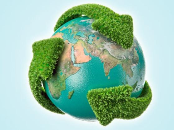 símbolo ilustrativo de gestão ambiental com terra cercada por símbolo verde de reciclagem