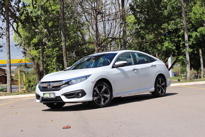 Testamos o novo Honda Civic turbo!