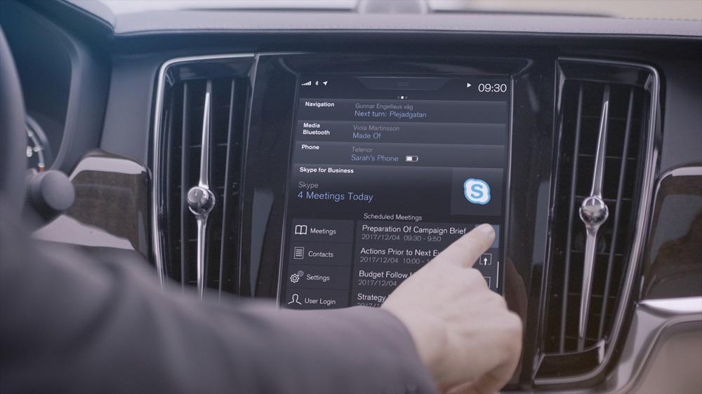 Montadora integra Skype ao carro para as pessoas participarem de reuniões enquanto dirigem