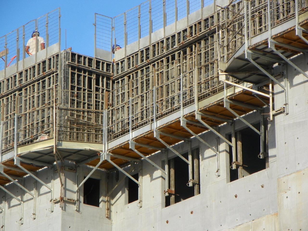 Sistemas construtivos: TUDO o que você precisa saber sobre paredes de concreto moldadas in loco