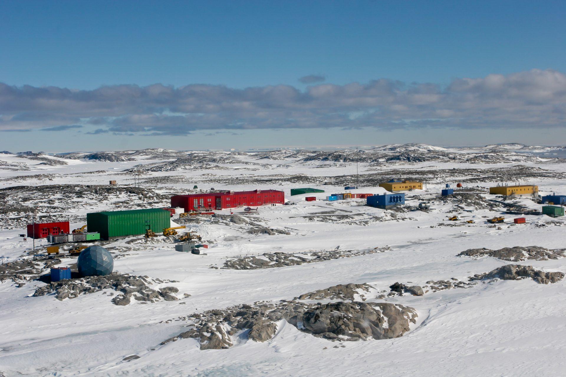 Engenheiros criam tecnologia para automatizar estação na Antártica