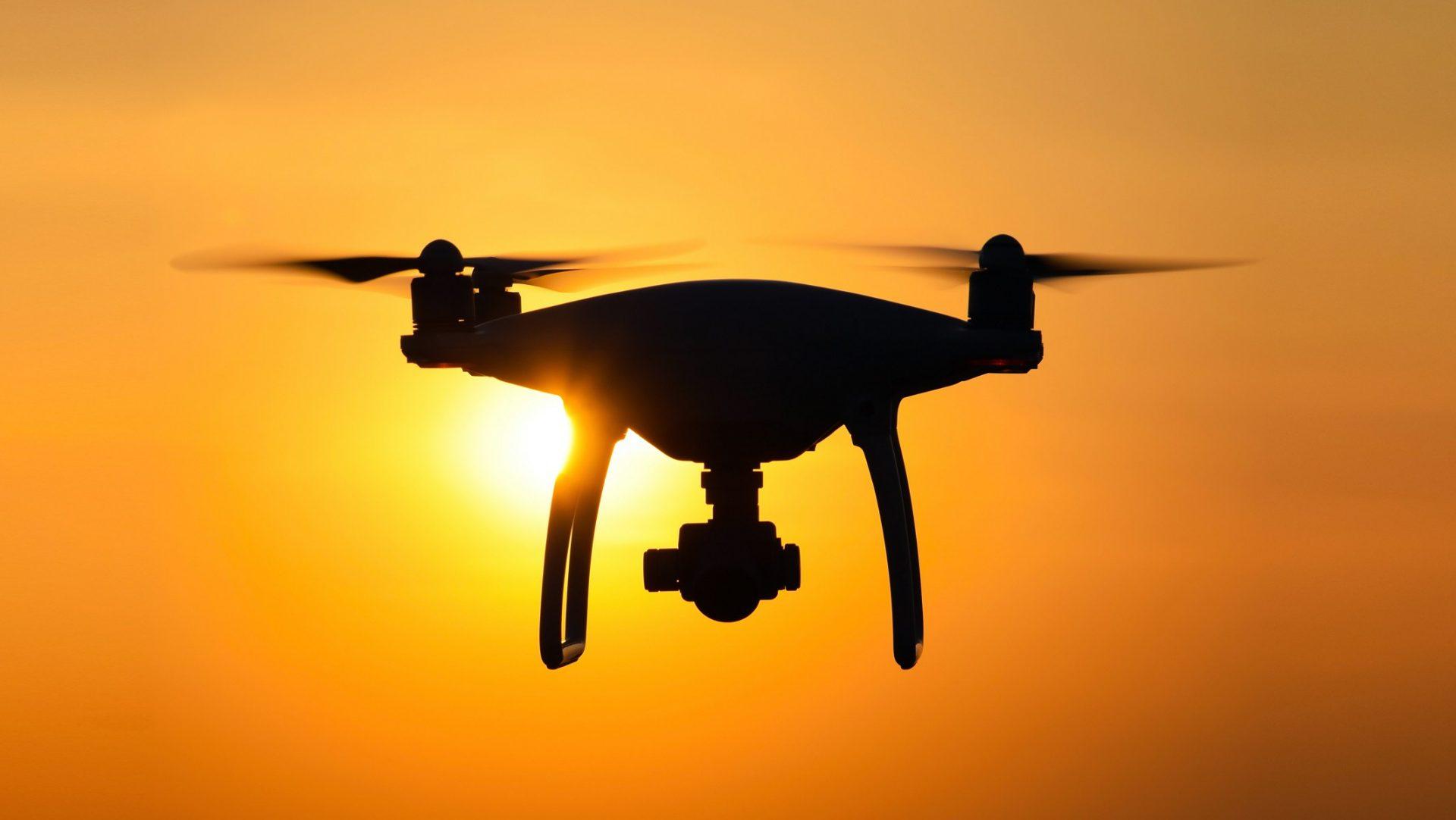 drones com motor fotovoltaico