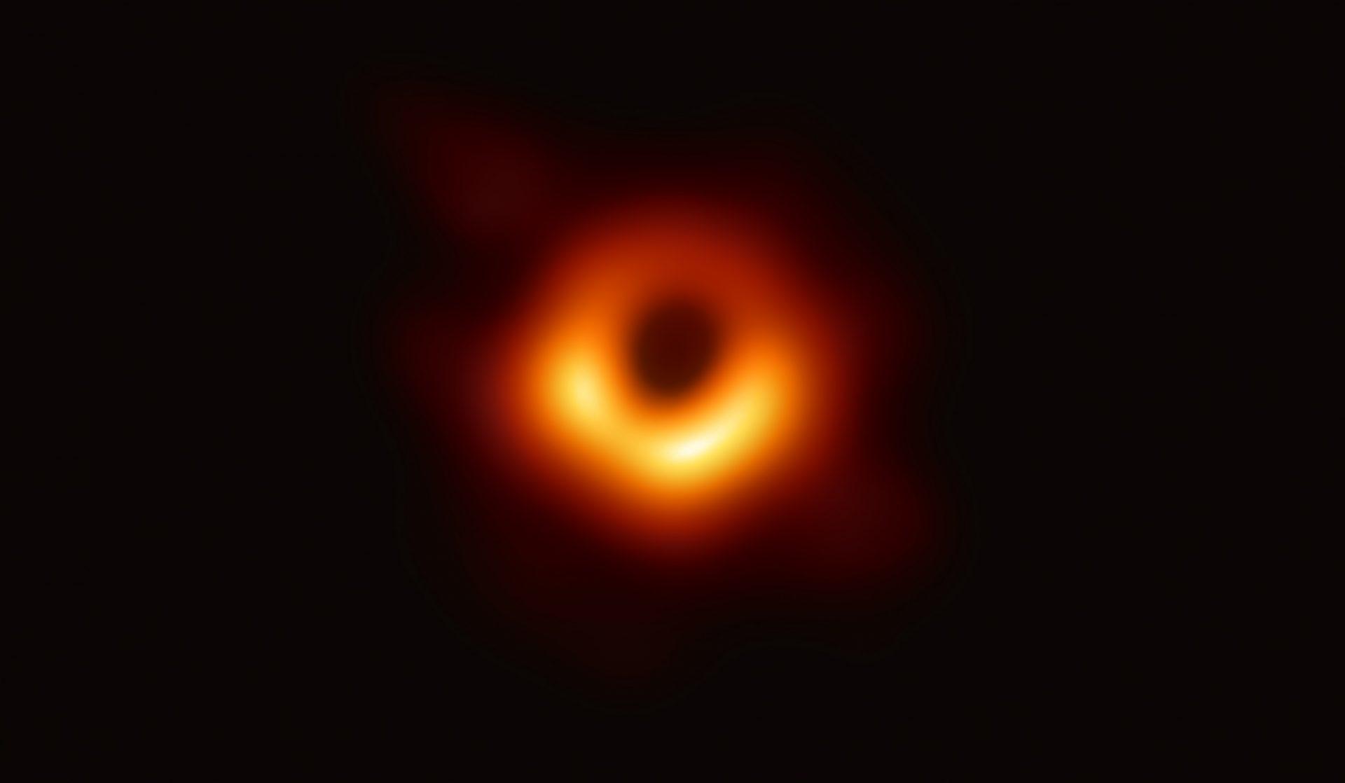 vídeo de um buraco negro