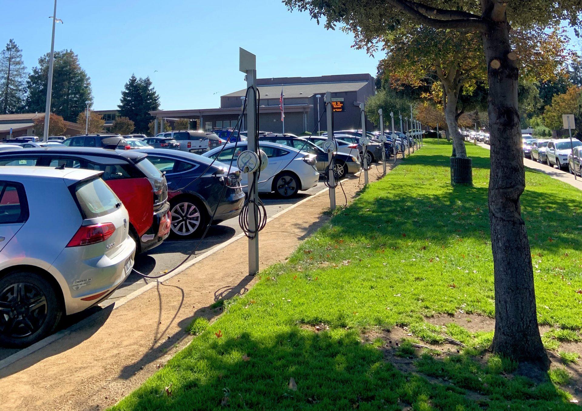 Estacionamento carros elétricos