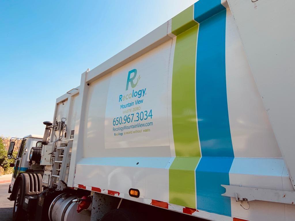 coleta-de-resíduos-caminhão