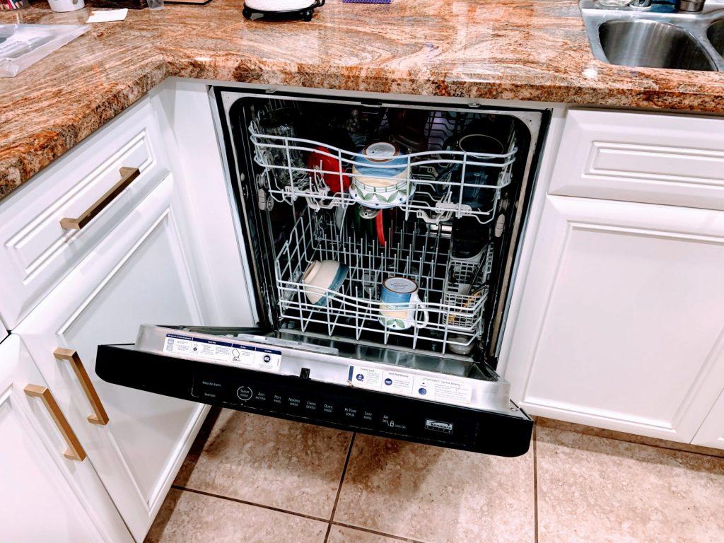 fatos sobre as casas americanas dishwasher