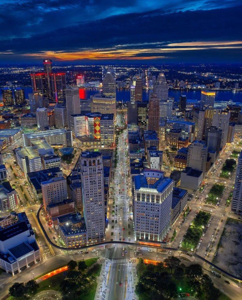Visão de cima da cidade de Detroit