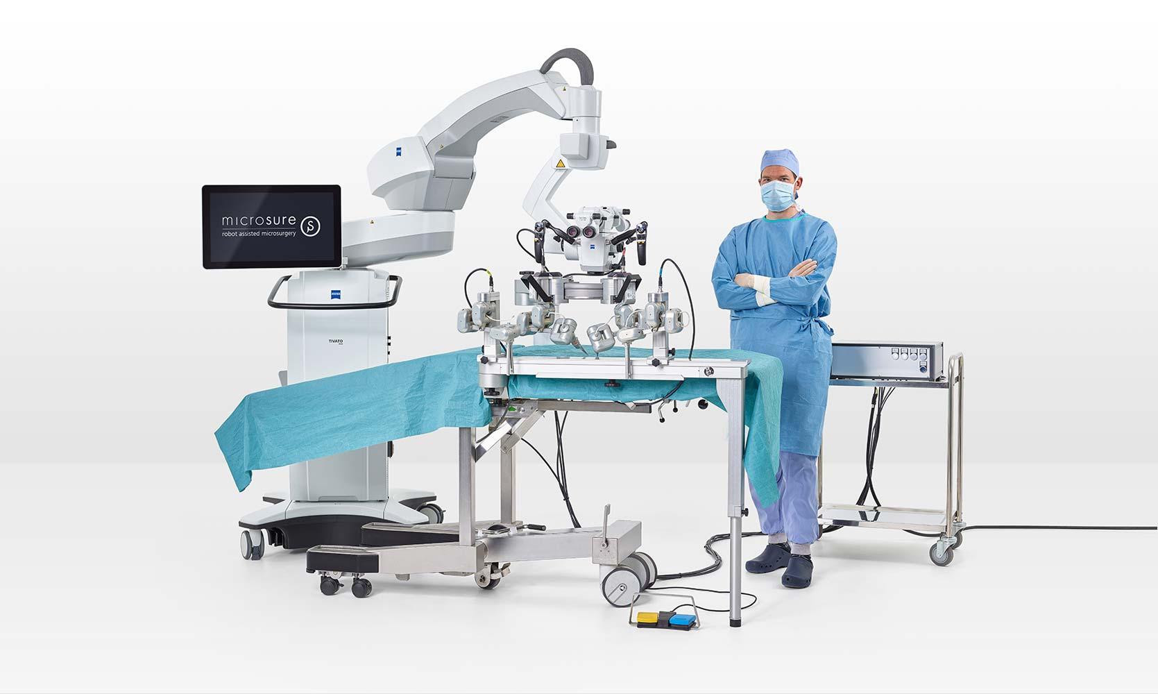 MUSA: robô auxilia cirurgia de ultra-precisão em pacientes humanos