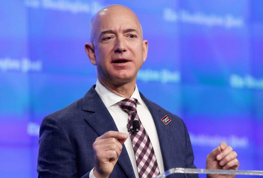 Jeff Bezos, CEO da Amazon. Engenharia 360.