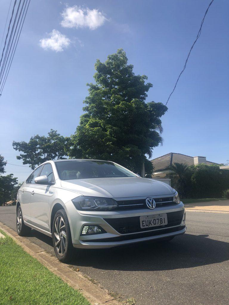 virtus 200 TSI Volkswagen, céu azul ao fundo