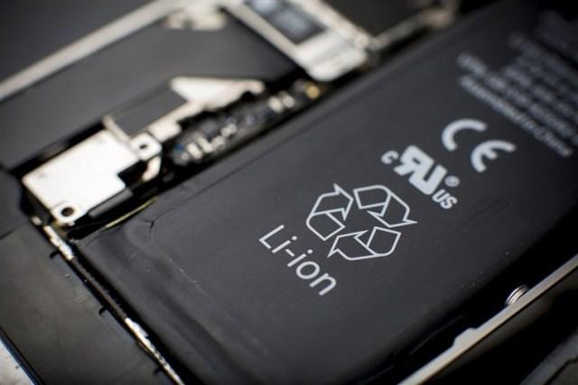 bateria de lítio comum em smartphone