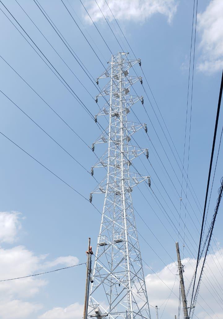 Torre de energia em Adachi-ku, Tóquio