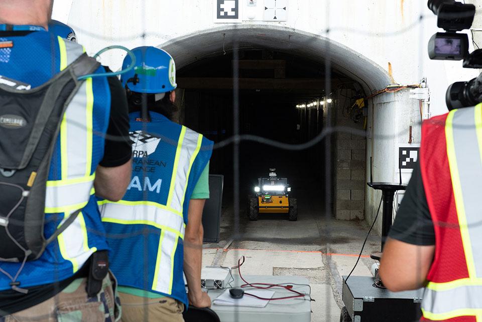 Microsoft está treinando robôs em simulações da vida real em situações de risco extremo