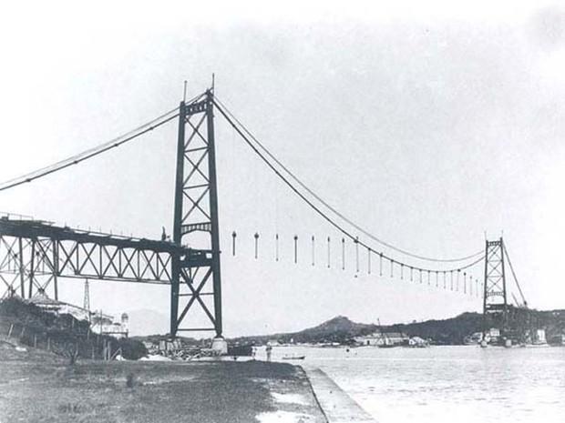 construção ponte hercílio luz