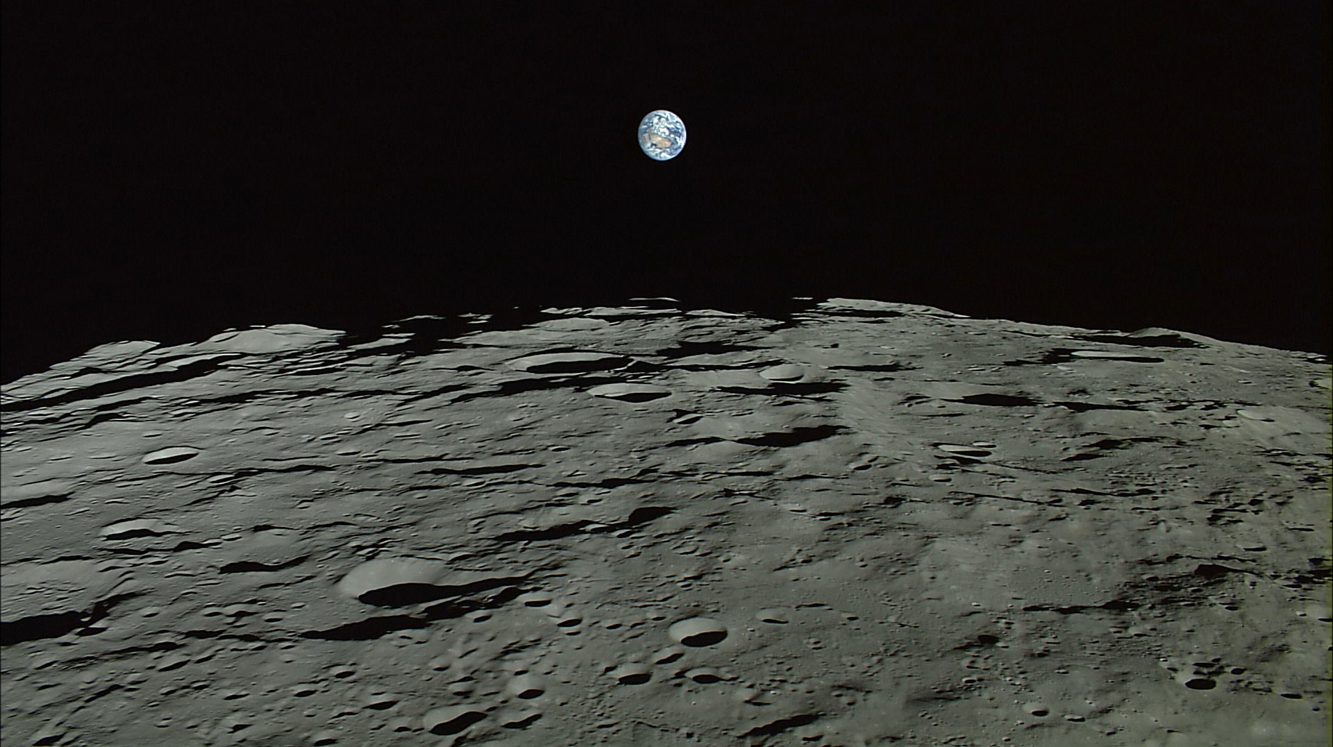 Entenda o plano de mineração para obter combustível de foguetes na Lua