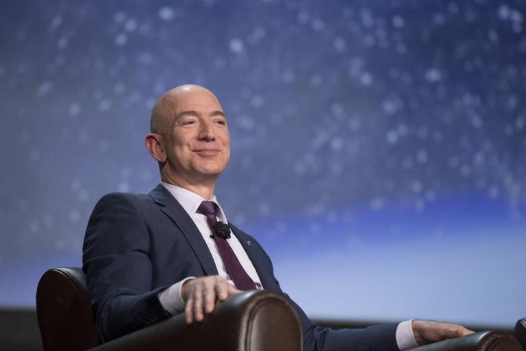 Jeff Bezos: o engenheiro e homem mais rico do mundo
