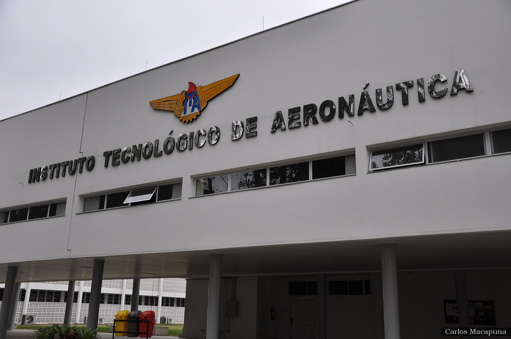 frente do instituto tecnológico de aeronáutica ITA