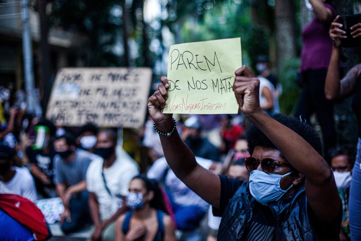 Entenda o racismo: confira 5 dicas de leitura para aprofundar no assunto | Lista 360