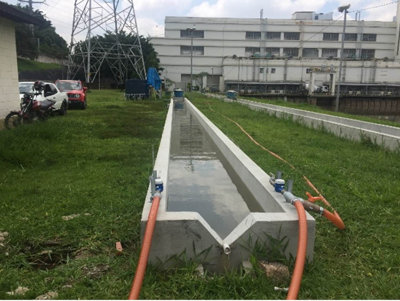 Canal de testes de pesquisa para despoluição do rio Pinheiros através de nanobolhas