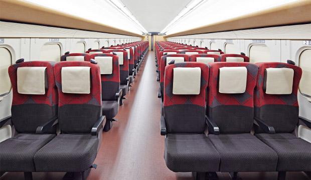 """Assento """"comum"""" em um Shinkansen"""