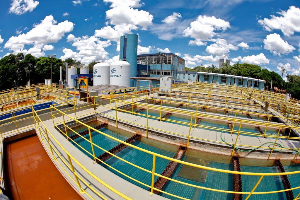 Estação de tratamento de água. Saneamento básico.