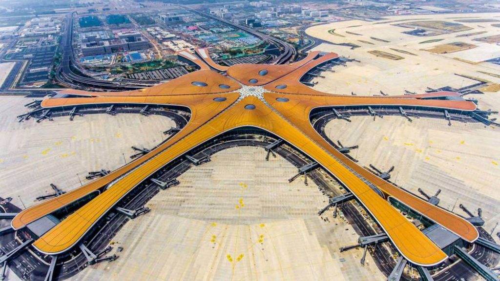 obra-2-mega-aeroporto-em-forma-de-estrela-do-mar-na-china