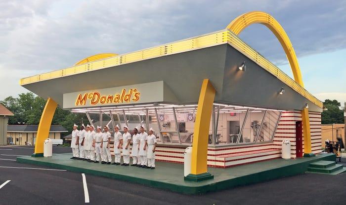 frente do mcdonalds, documentário fome de poder