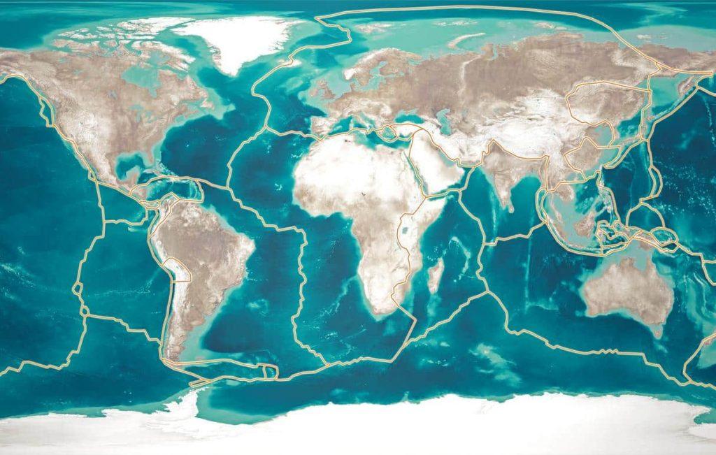 Mapa mundial com regiões das placas tectônicas demarcadas.