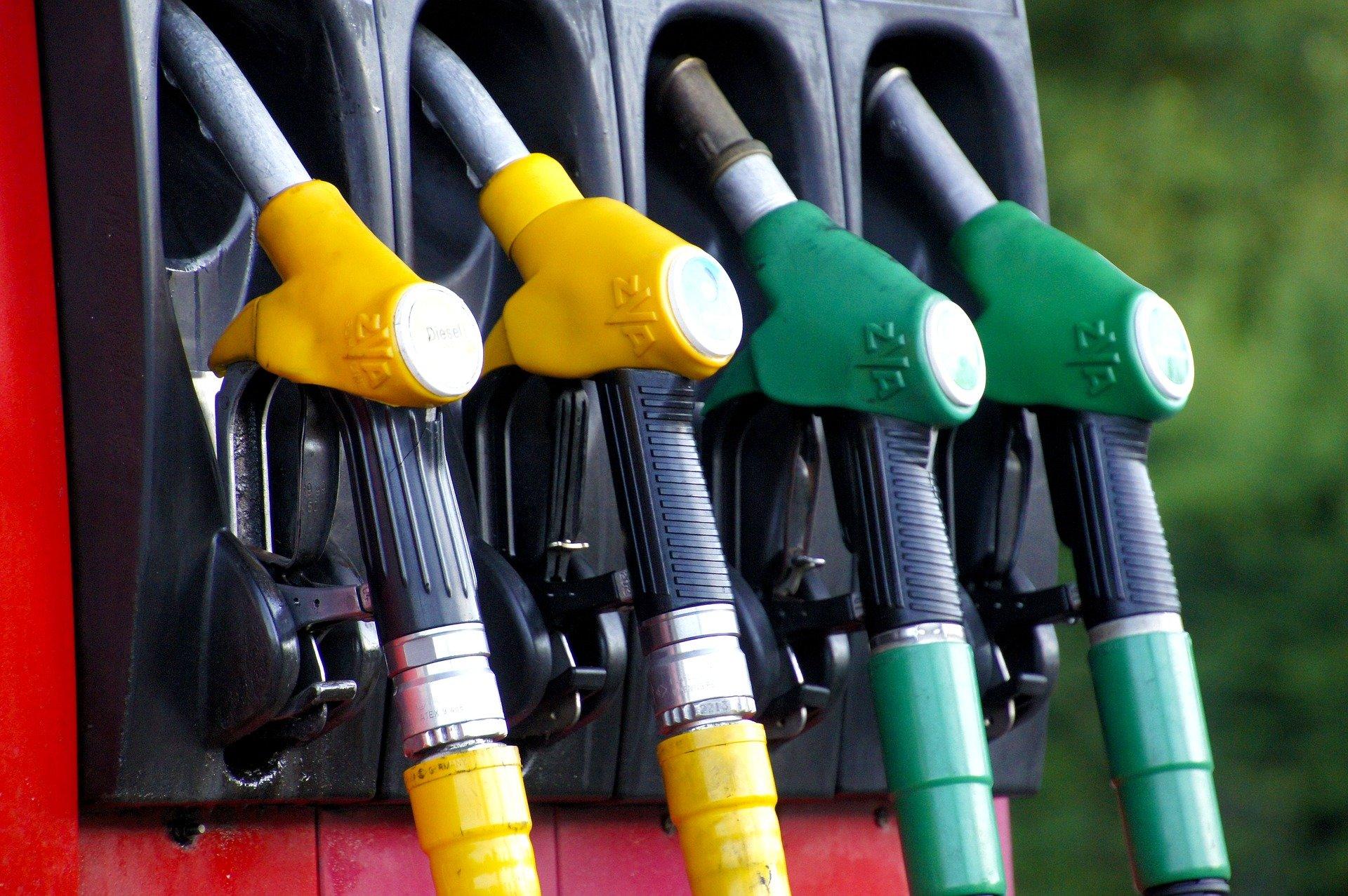 Comum x Aditivada x Premium: saiba qual a diferença entre os tipos de gasolina!
