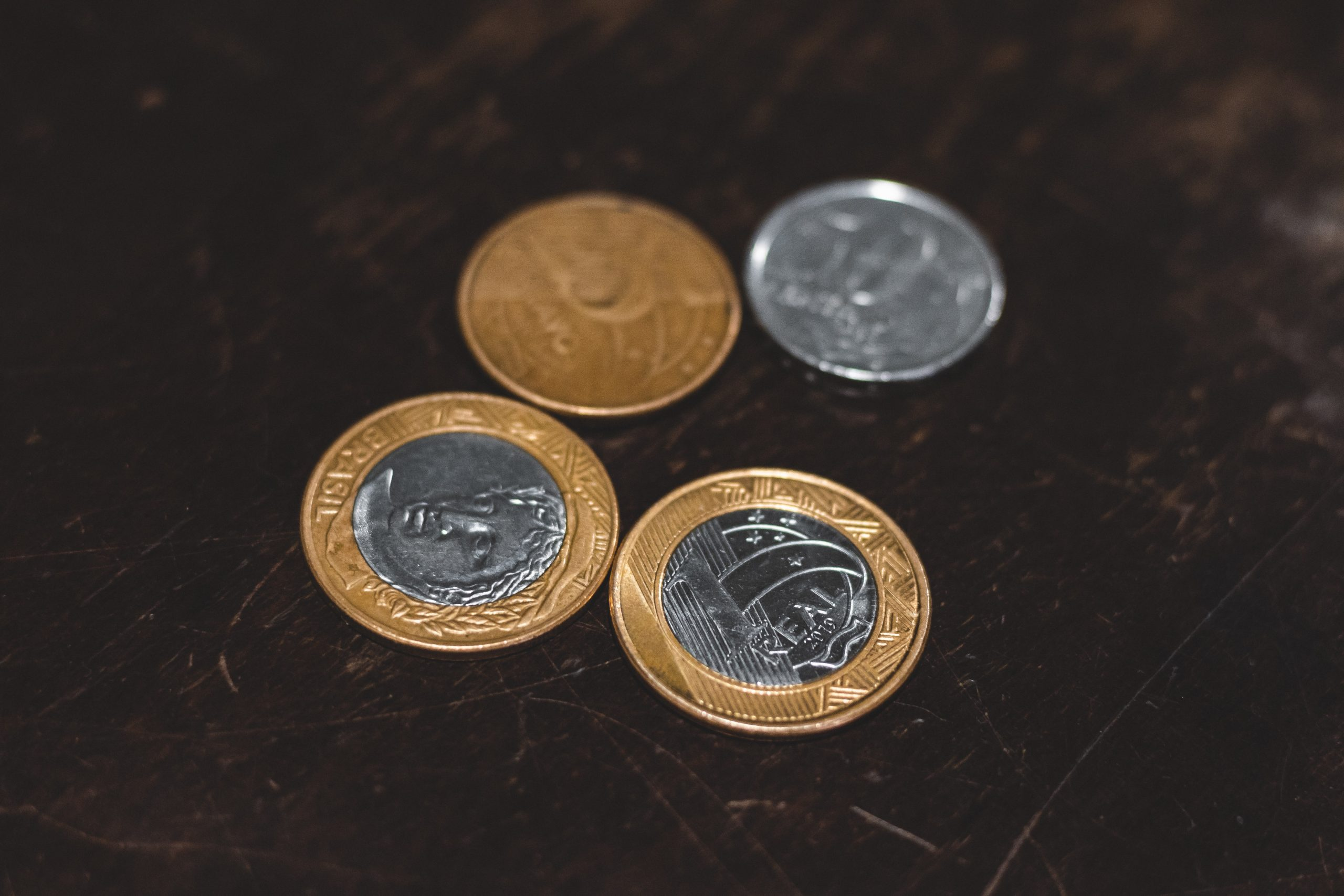 moedas brasileiras imagem ilustrativa representando inflação
