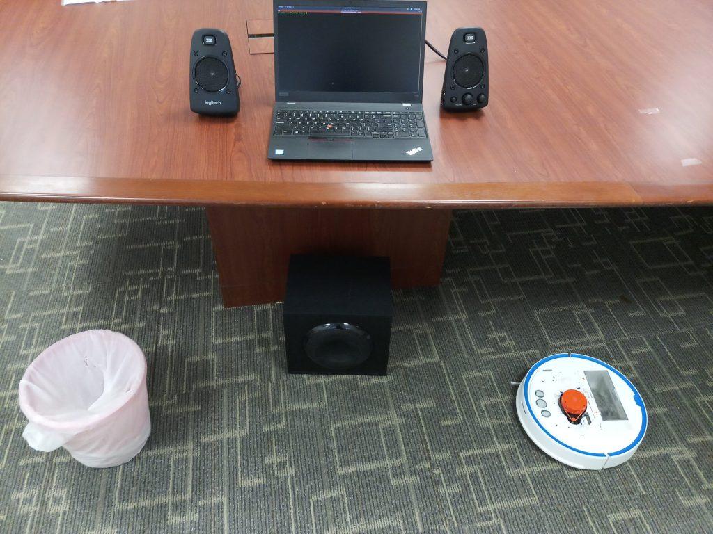 teste com robô aspirador gravando voz
