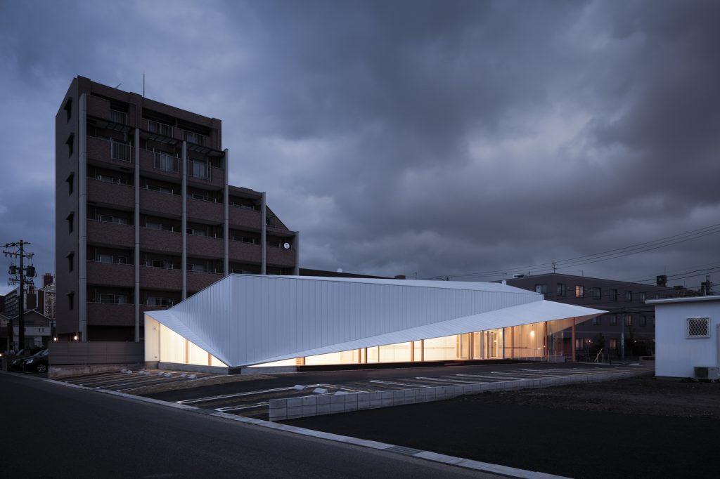 Clínica Majima, de DIG Architects