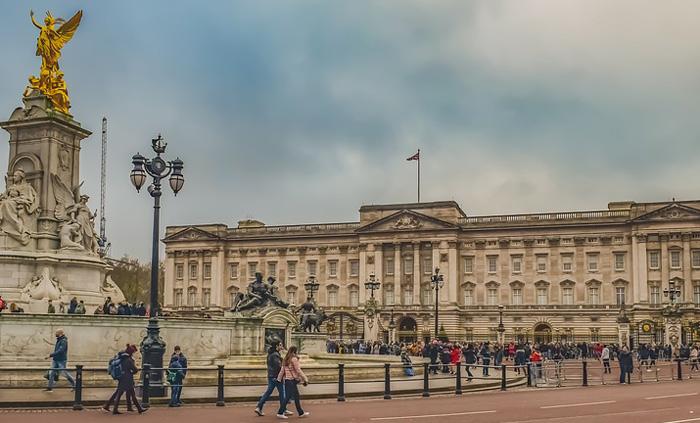 Arquitetura Neoclássica: imagem do Palácio de Buckingham, em Londres