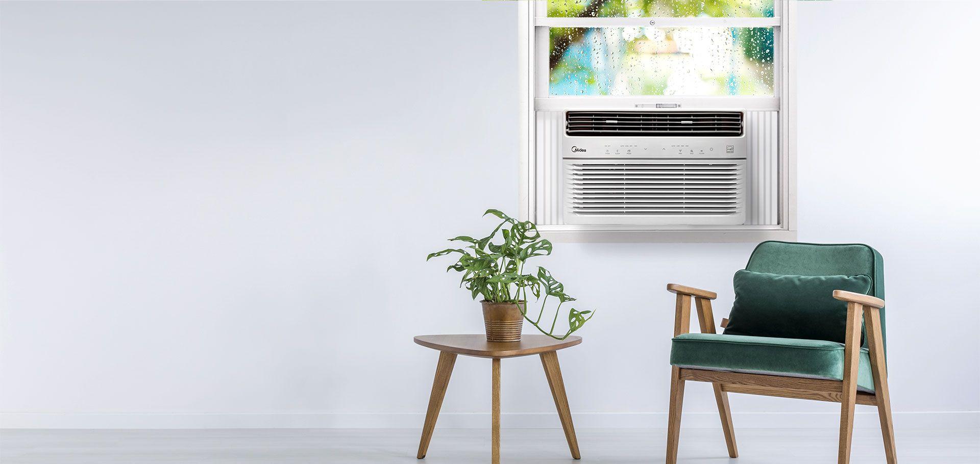 equipamento de ar condicionado em sala com sofá e mesa