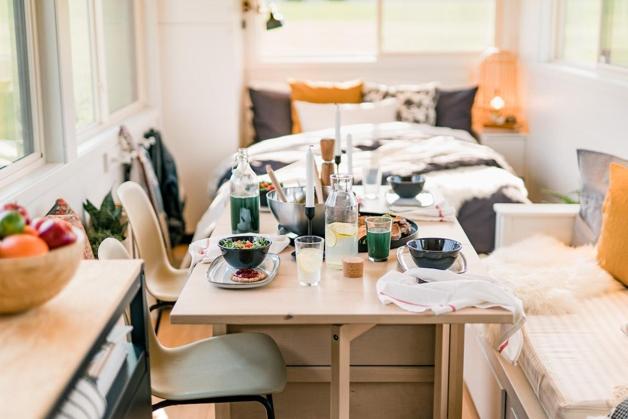 mini casa móvel sustentável por dentro