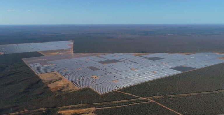 vista aérea do parque eólico no piauí