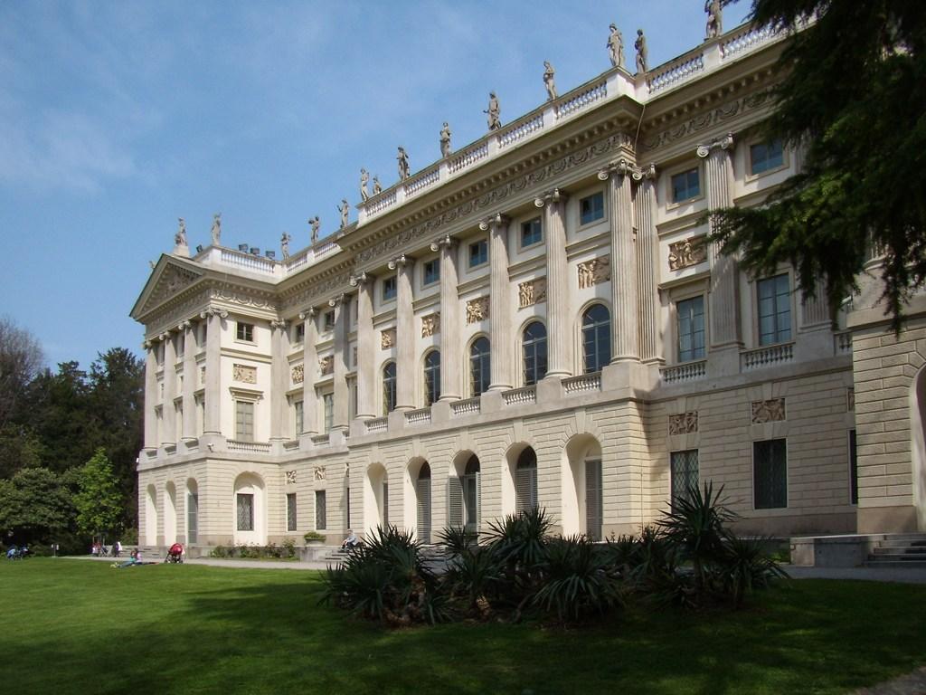 Exemplar de Arquitetura NeoClássica de Milão