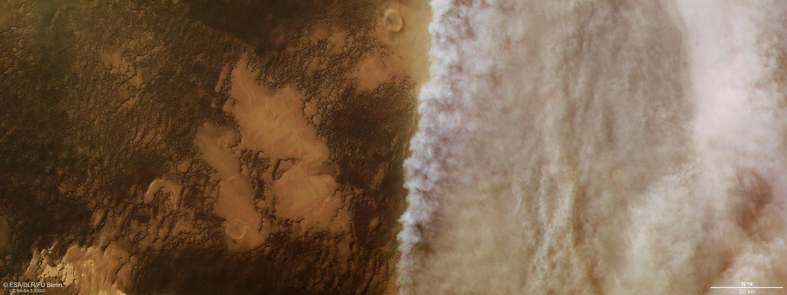 Satélite europeu descobre perda de água em Marte