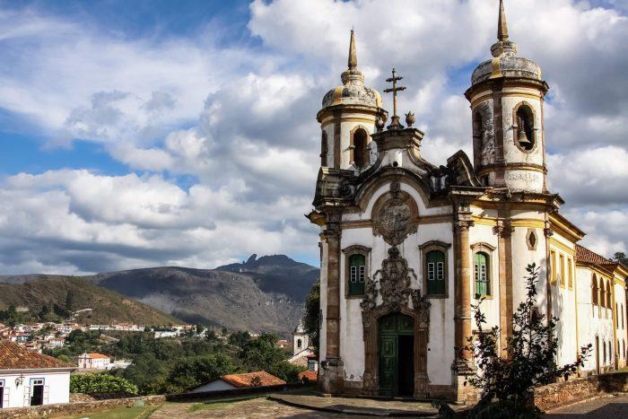 Fachada de igreja estilo Barroco