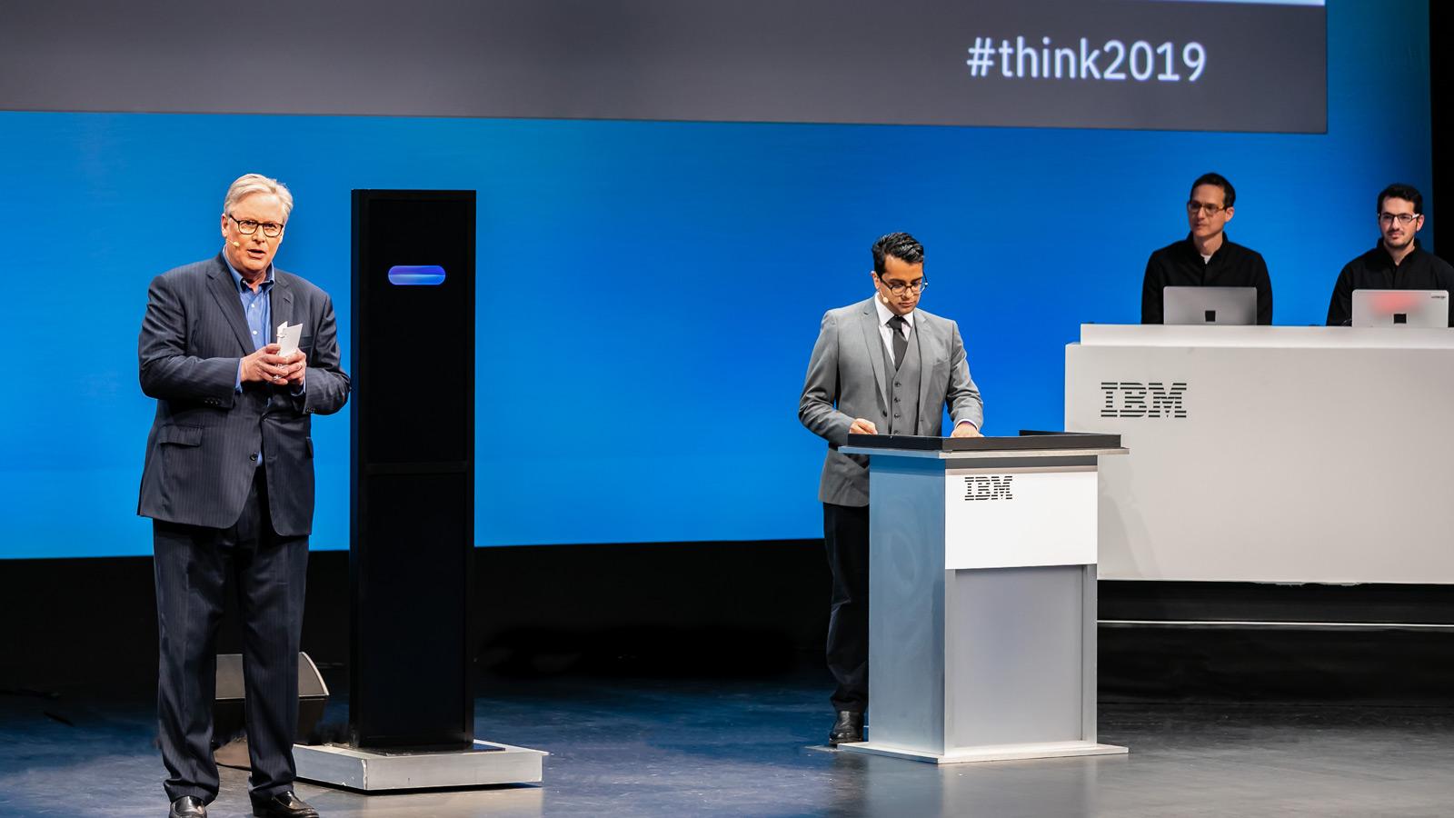 IA da IBM pode debater sobre 100 tópicos diferentes com humanos