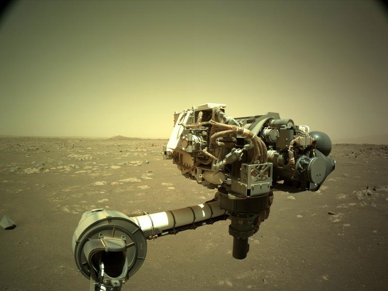Braço mecânico de Perseverance testado em Marte recentemente - imagem do site oficial da NASA